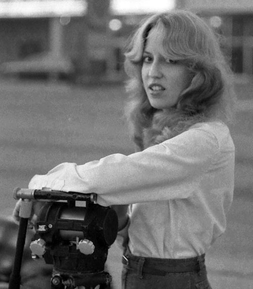 Dallas TV reporter in Galveston, 1980